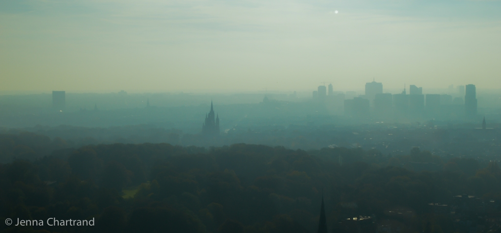 A hazy morning across Brussels